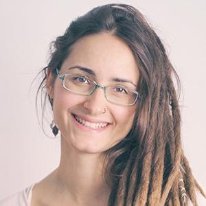 Adriana Coines - Minimalistamente